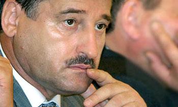 В кортеж президента Чечни Алу Алханова врезался пьяный водитель