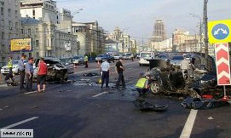 VIP-пассажиры Mercedes на Садовом сгорели заживо