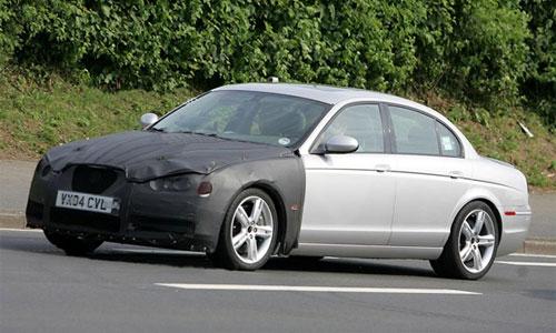 Jaguar тестирует новый S-Type