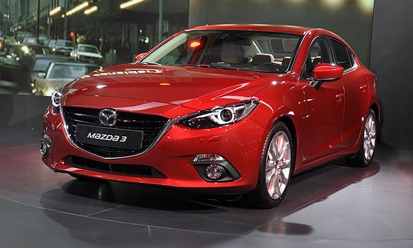 Mazda объявила российские цены на новую «тройку»