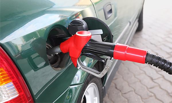 Потребление бензина в России упало впервые за 15 лет