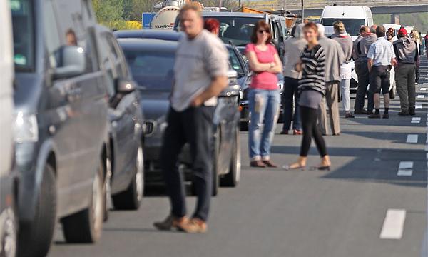 Автомобильная очередь на паром в Крым сократилась в три раза
