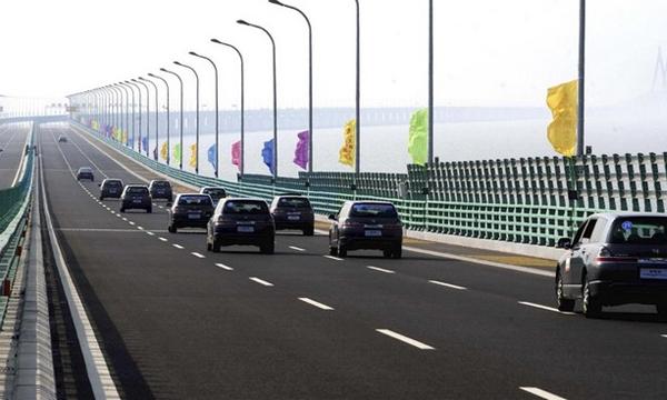 Проезд по Керченскому мосту может стать платным