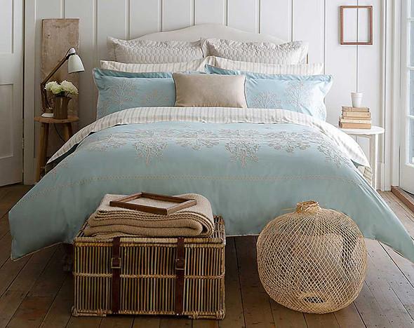 Как освежить интерьер  14 онлайн-магазинов мебели и товаров для дома     Вещи    РБК.Стиль 2faa3b8898cb4