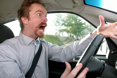 Водитель во Франции целый час не мог остановить Renault Laguna с отказавшими тормозами