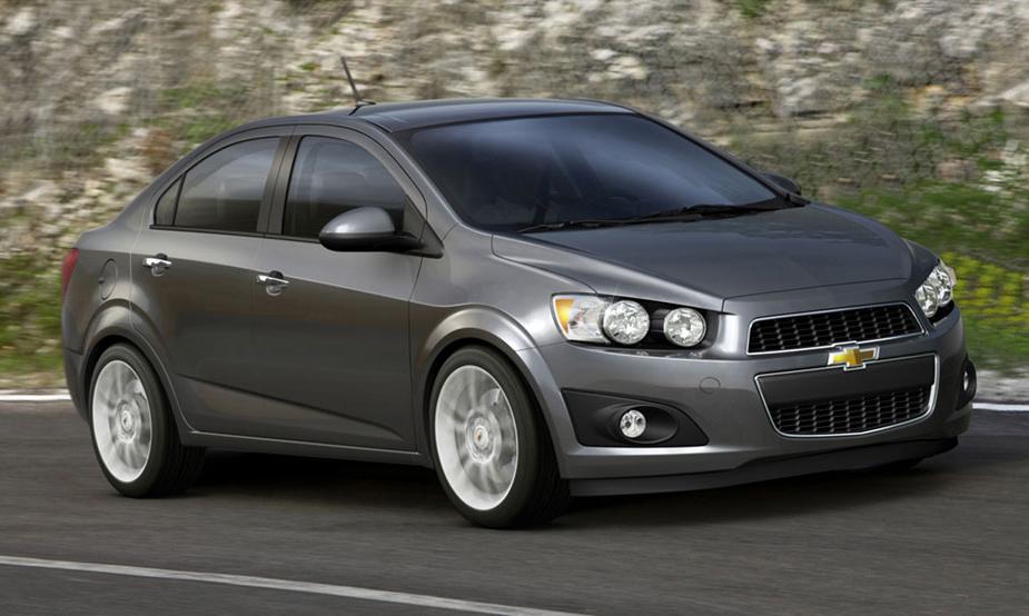 Новый Chevrolet Aveo не стесняется копировать конкурентов