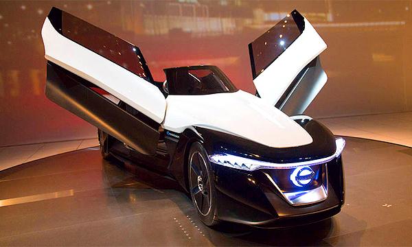 Токио-2013: трехместный Nissan и другие фантазии