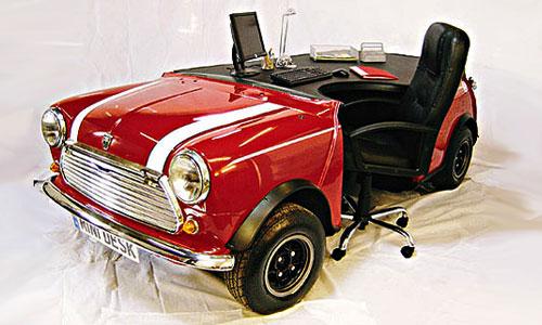 MINI Cooper превратили в рабочий стол