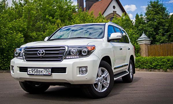 Другая сторона. Тест-драйв Toyota Land Cruiser 200