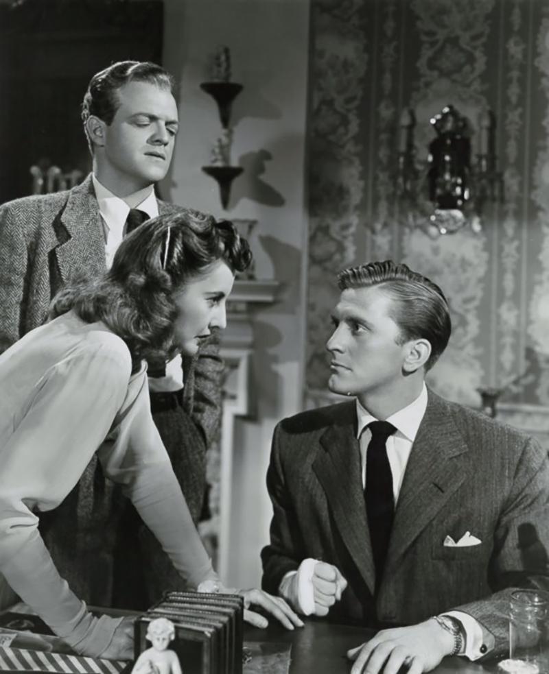 Кадр из фильма «Странная любовь Марты Айверс» (1946)