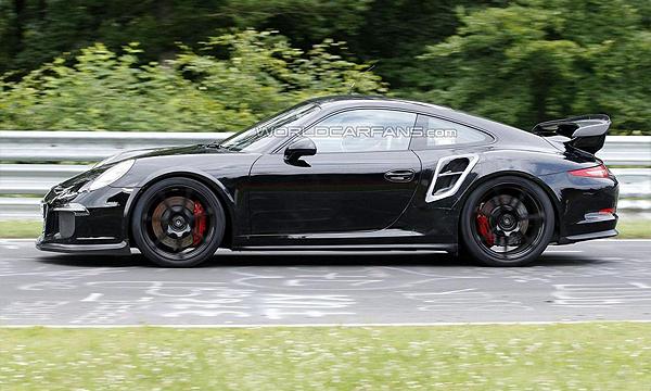 Трековый Porsche 911 GT2 покажут через год