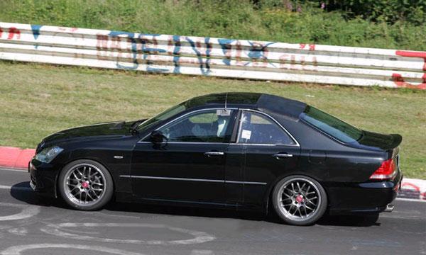 Прототип нового купе Lexus