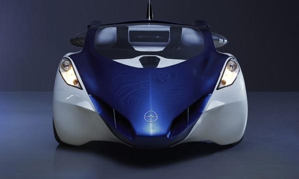 Представлен первый серийный летающий автомобиль