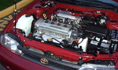 Toyota собрала в США 10-ммиллионный двигатель