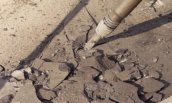 Начавшаяся сегодня реконструкция шоссе Энтузиастов закончится в июле 2013 года