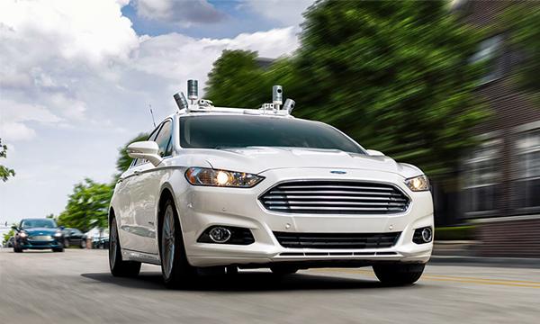 Ford начнет выпуск беспилотных автомобилей в 2021 году