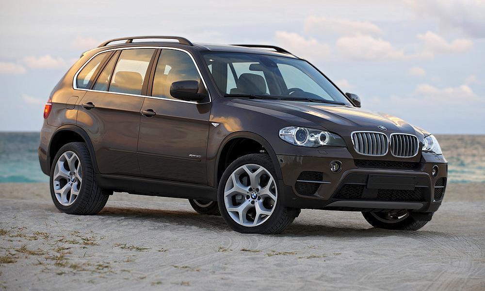 Вылезти из BMW X5 будет все труднее