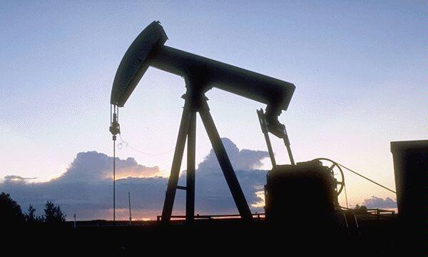 Россияне считают жадность нефтяников причиной бензинового кризиса