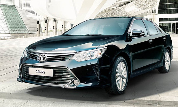 Toyota привезла в Россию новую Camry