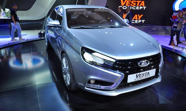 Главные новинки АвтоВАЗа: Lada Vesta и кроссовер XRAY