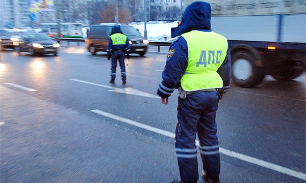 Водителей лишат прав за долги более 10 тысяч рублей