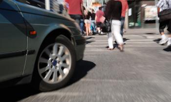 Пешеходы изобрели новый вид автоподстав