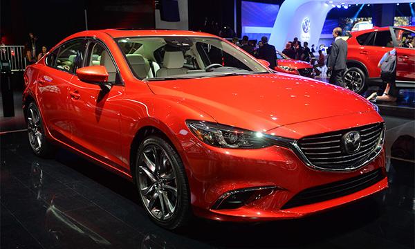 Обновленная Mazda6 получила адаптивный свет