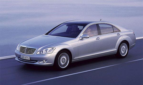 Mercedes S-класса идет в России нарасхват