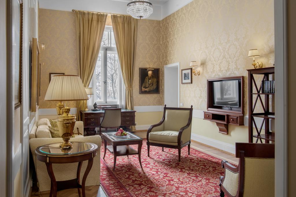 Исторический люкс «Достоевский»