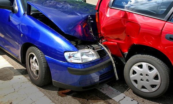Страховщики назвали москвичей самыми неаккуратными водителями