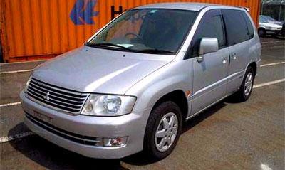 Россия стала крупнейшим импортером старых японских машин