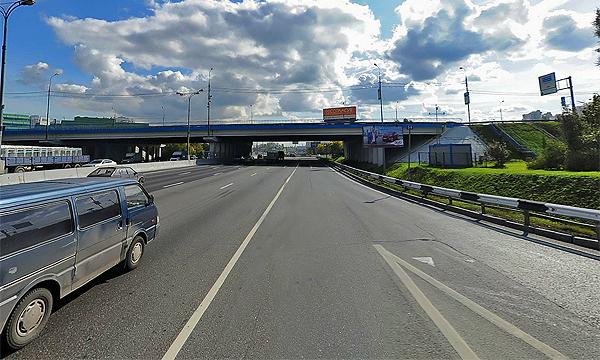 На пересечении Можайского шоссе и МКАД обрушилась часть моста