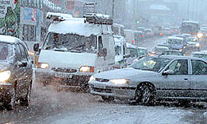 Снегопад блокировал дороги Франции