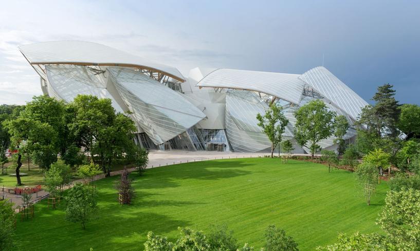 Центр современной культуры Fondation Louis Vuitton