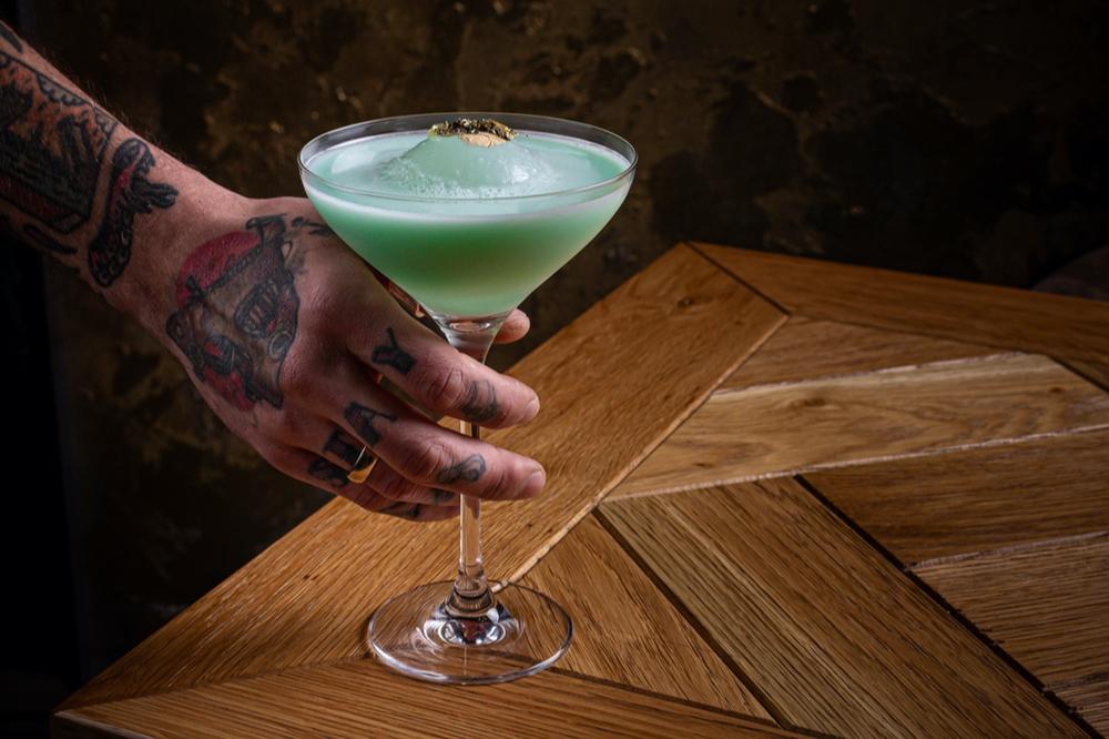 Фирменный коктейль «Зеленая собака»