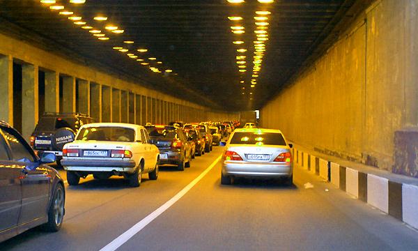 Тоннель под Варшавским шоссе откроют в мае