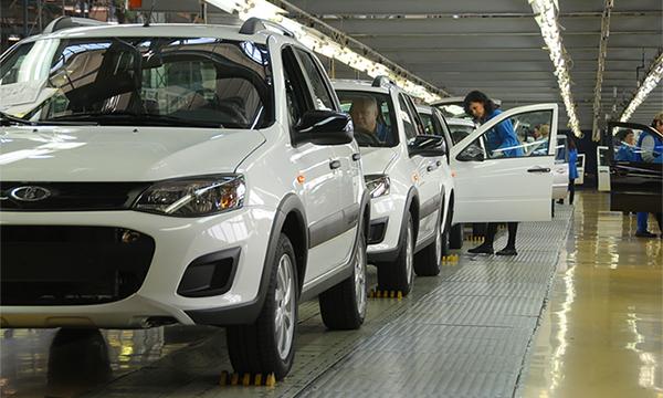 АвтоВАЗ задумался о переходе на четырехдневную рабочую неделю