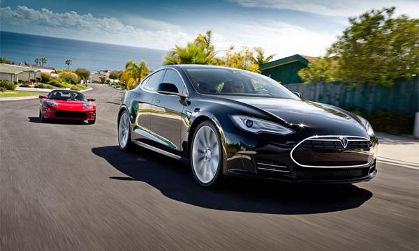 Tesla выпустит 4 новые модели к 2018 году