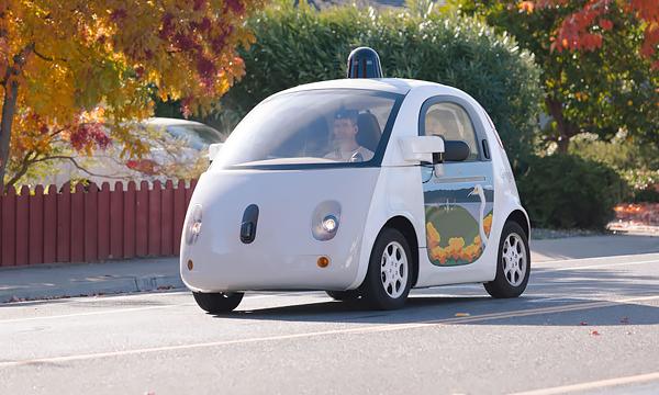 Google изобрел липкий капот для защиты пешеходов
