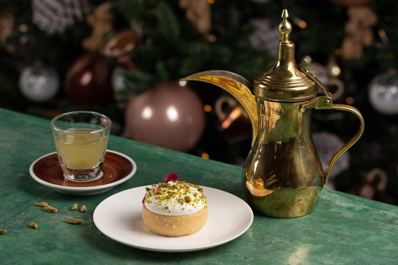 «Арабский сет»: десерт «Роза пустыни» и кофе по-катарски