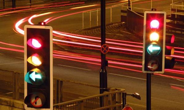 Как улучшить работу светофоров в Москве