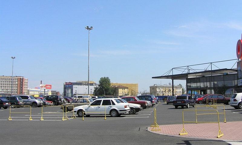 Власти Москвы вынуждают владельцев ТРЦ строить парковки