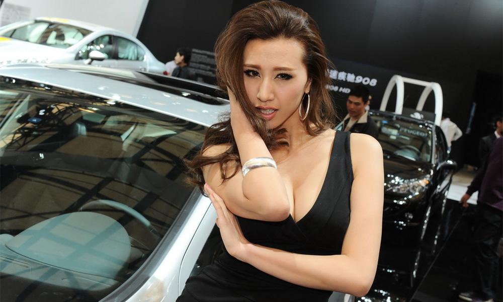 Лучшие девушки Шанхайского автосалона