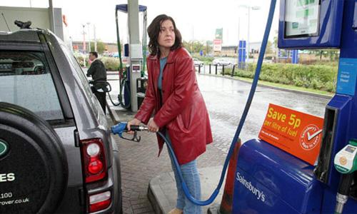 В США начали дорожать бензин и дизтопливо