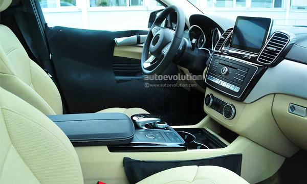 Рассекречен салон конкурента BMW X6 от Mercedes-Benz