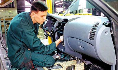 Производство автомобилей в РФ выросло на 11,9%