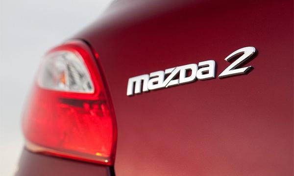 За что девушки полюбят новую Mazda2