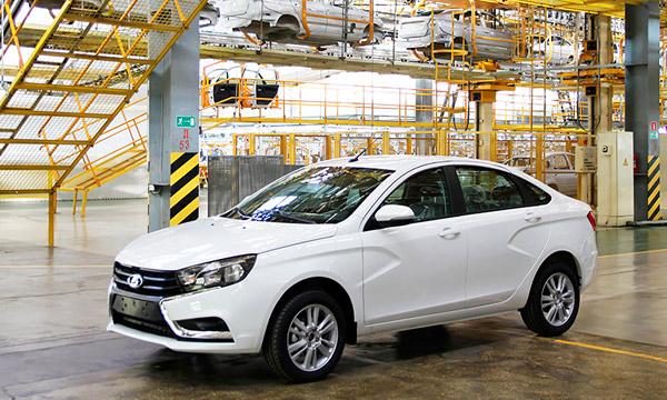 Названы основные конкуренты седана Lada Vesta