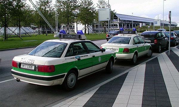 На сумму в 300 000 долларов оштрафовал немецкий суд автолюбителя за обман дорожной полиции