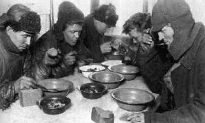 Рабочие АвтоВАЗа отравились в заводской столовой